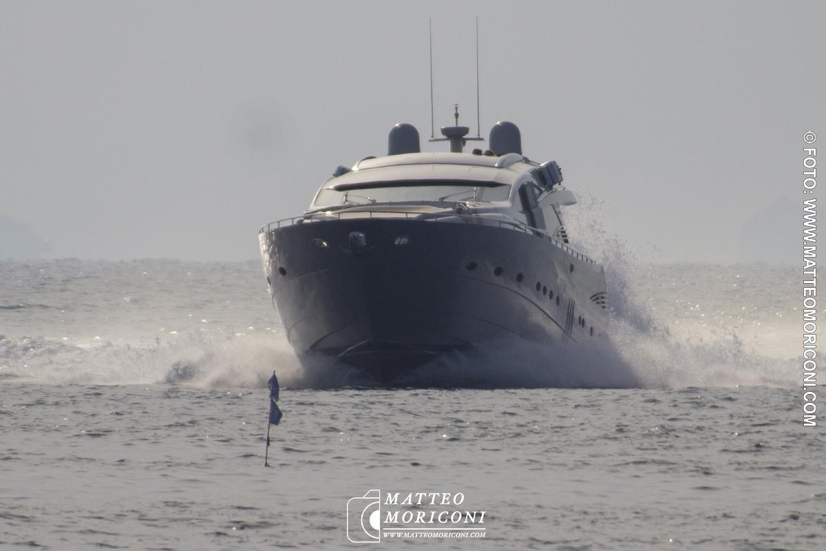 La Barca di Oleg Tinkov a Forte dei Marmi