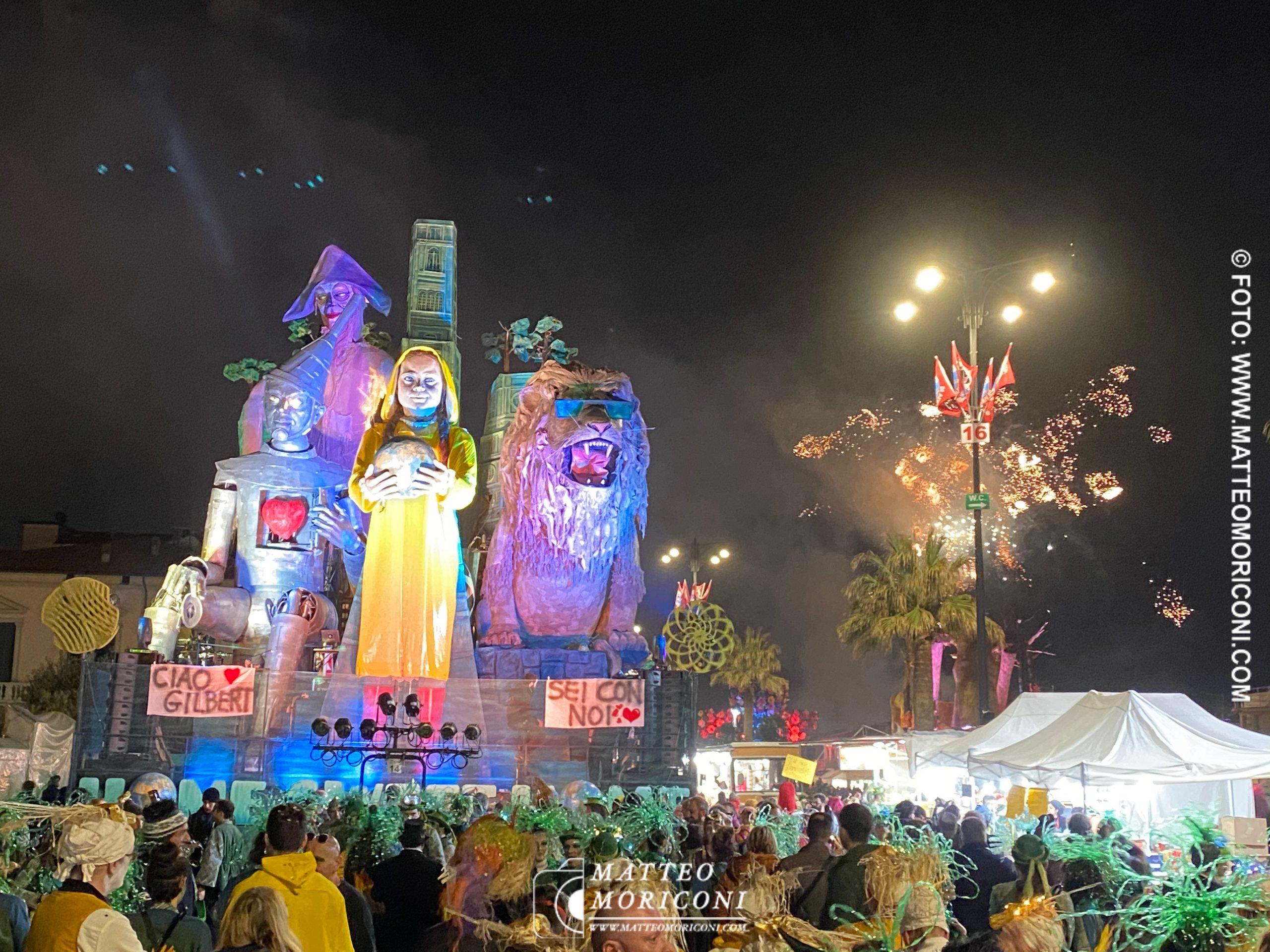 Vince il Carnevale di Viareggio 2020: Home Sweet Home di Lebigre-Roger